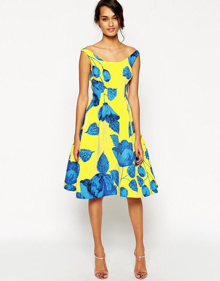 Gul Sundress Outfit Idéer