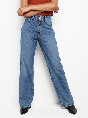 Hur man bär färgade jeans