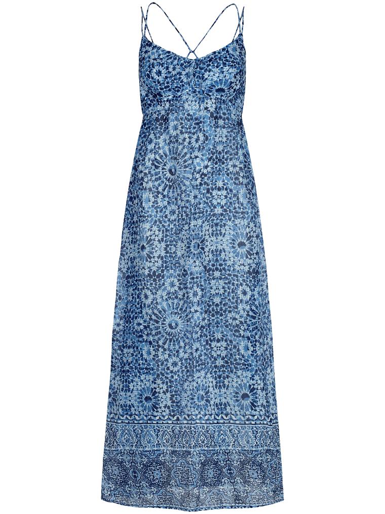 Hur man bär marinblå spetsklänning