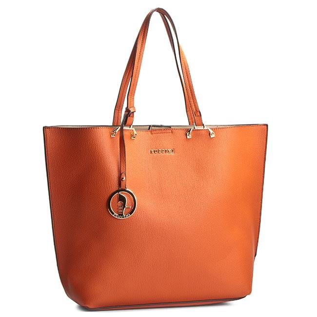 Hur man bär orange handväska
