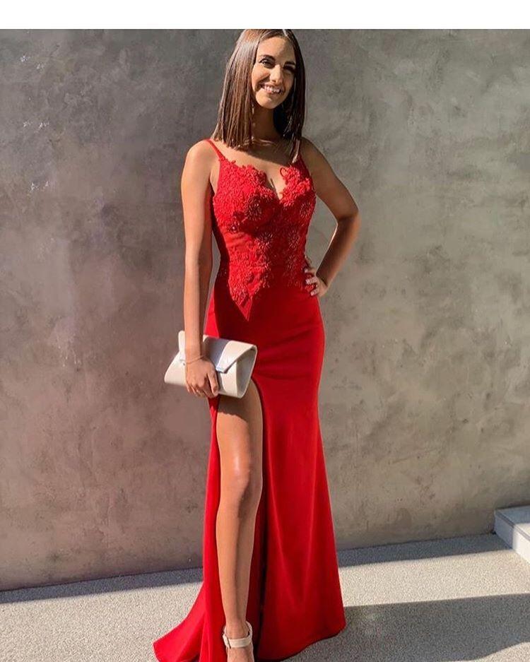 Hur man bär röd slits klänning