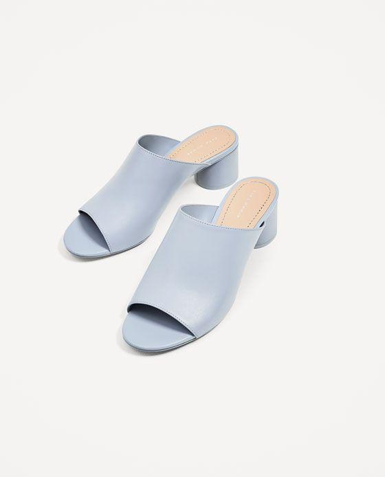 Hur man bär silver sandaler