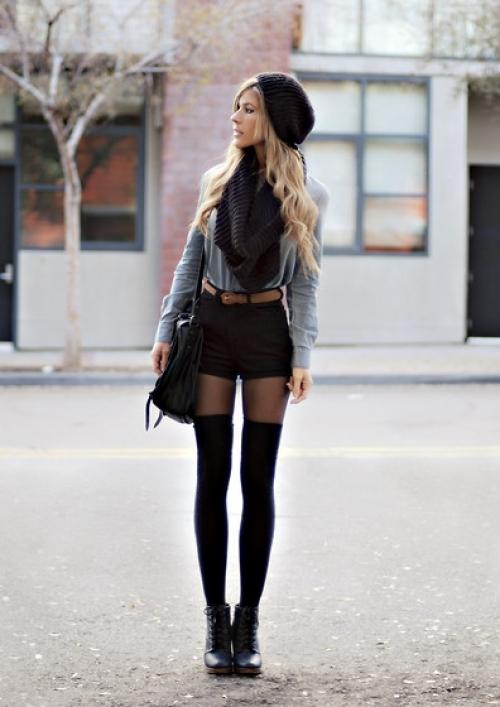 Hur man bär svarta rippade shorts