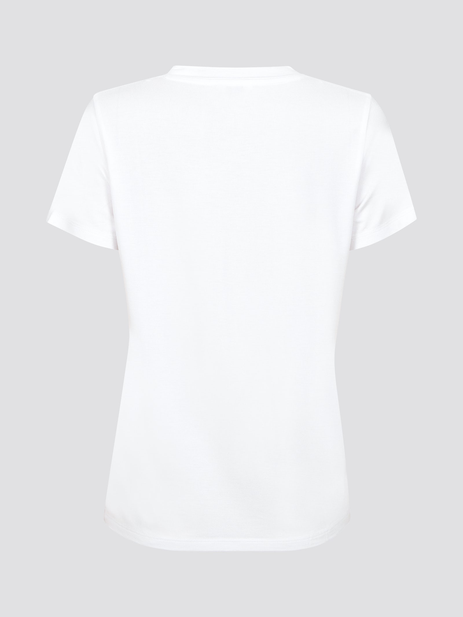 Hur man bär vit axelbandslös topp