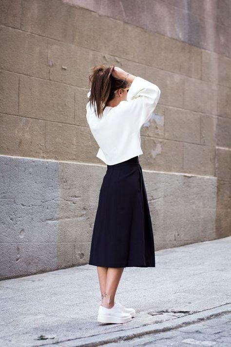 Hur man bär vit svart skort