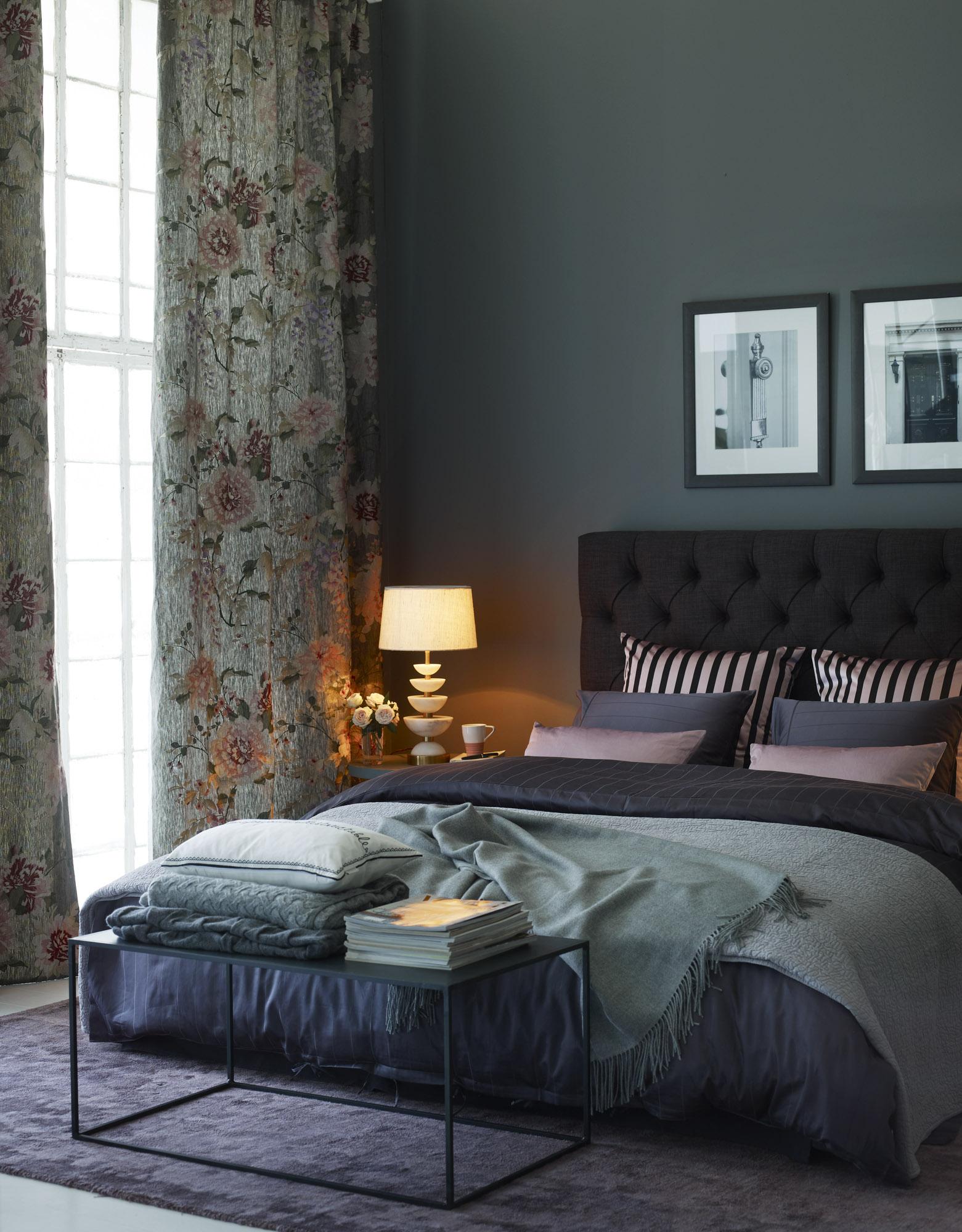 Hur man dekorerar ditt sovrum med Marsala-idéer