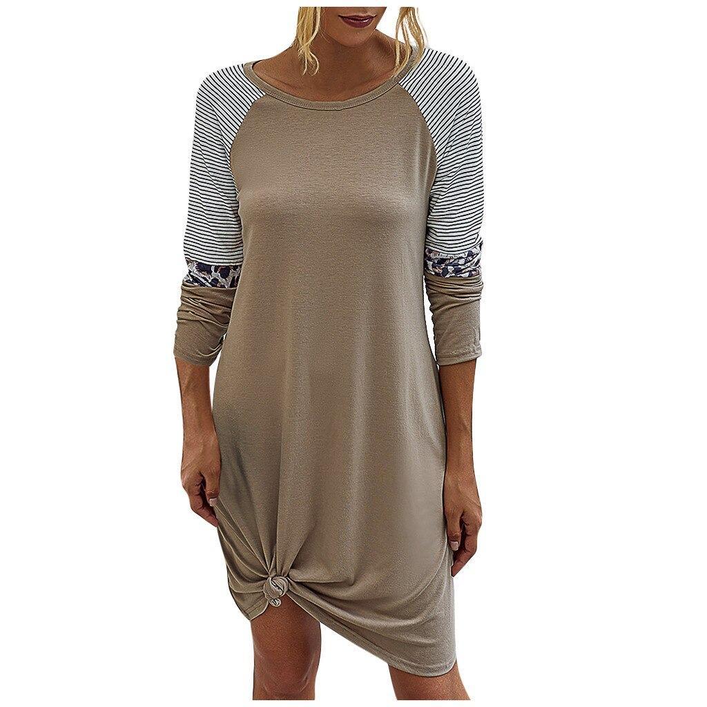 Hur man utformar långärmad v-ringad klänning