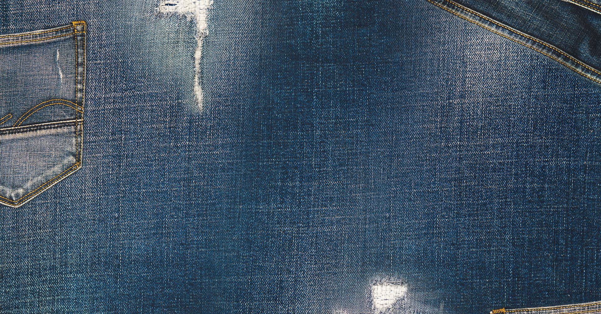 Hur man utformar ljusblå jeans