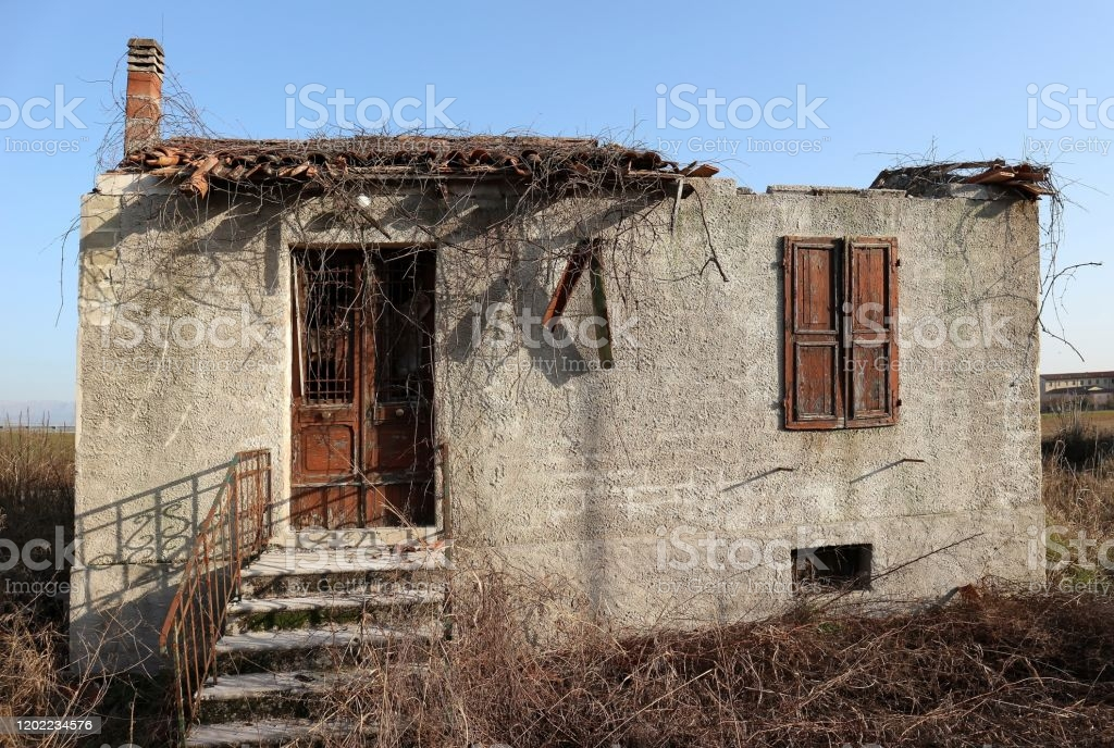 Hus Av En Förstörd Landsbygd