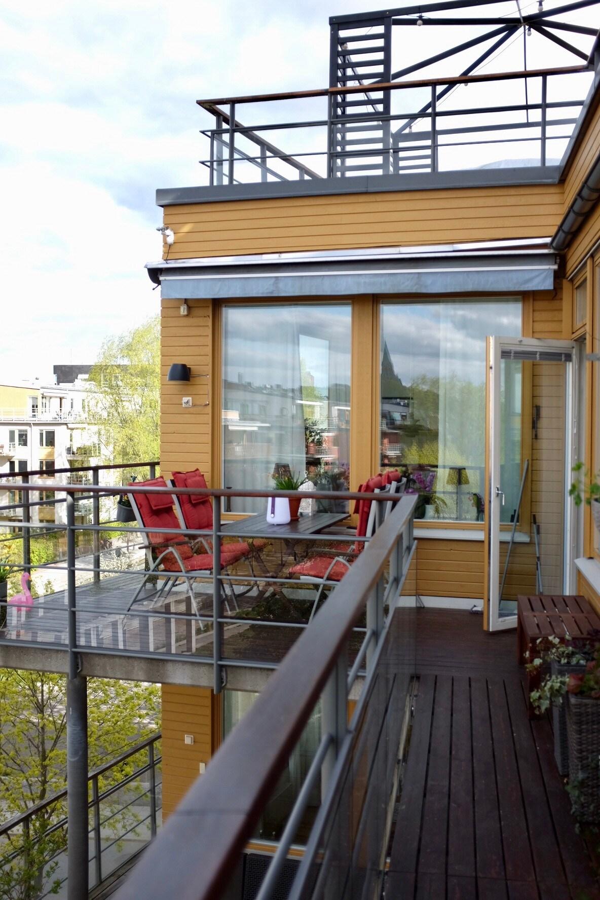 Lägenhet med stor balkong