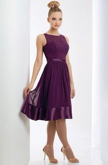 Lila brudtärna klänningar