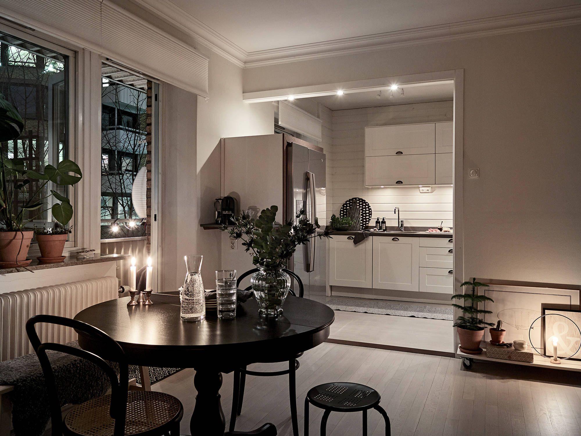 Ljus lägenhet med öppen planlösning