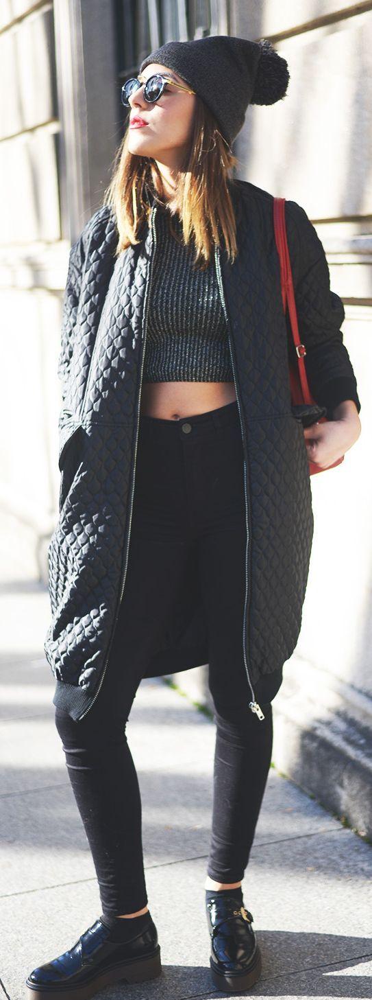 Long Bomber Jacket Outfit Idéer