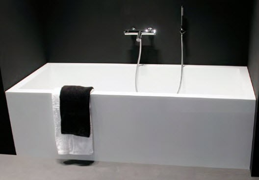 Minimalistiska badkar i vit Corian-bibliotek från Antonio Lupi