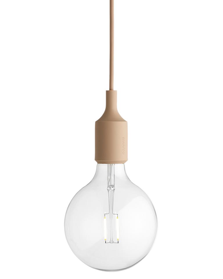 Ovan hänglampa med organisk minimalistisk form