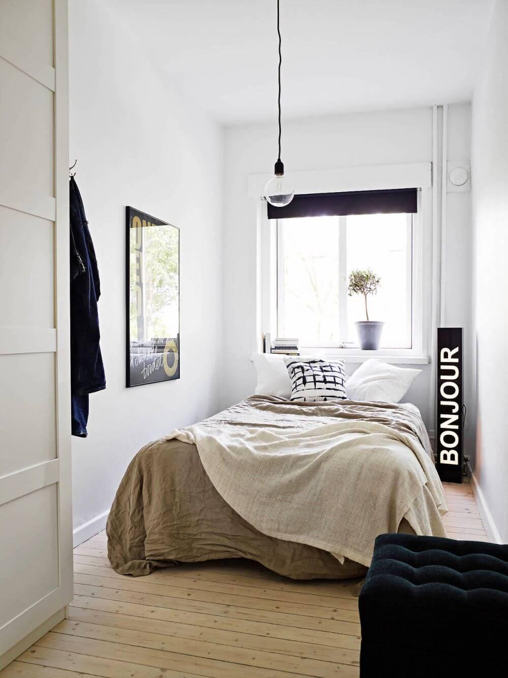 Praktiska tips för att visuellt utvidga ett litet sovrum