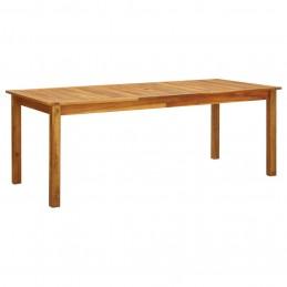 Samtida utomhusgrill kombinerat med ett bord