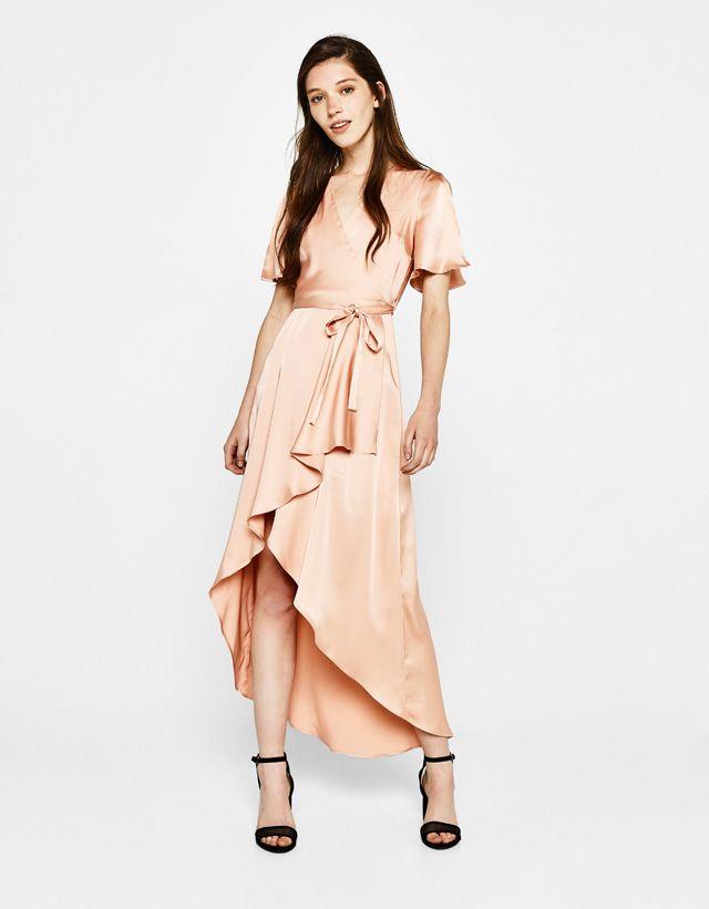 Satin Wrap Dress Outfit Idéer